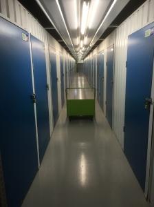 Putting stuff into Storage - spooky corridors