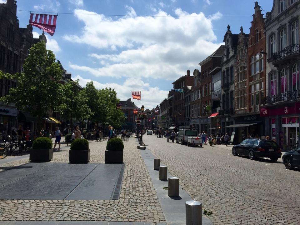 Mechelen central street
