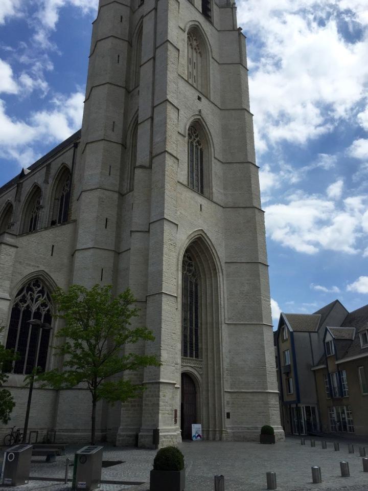 Mechelen - another church, nice cornices I imagine