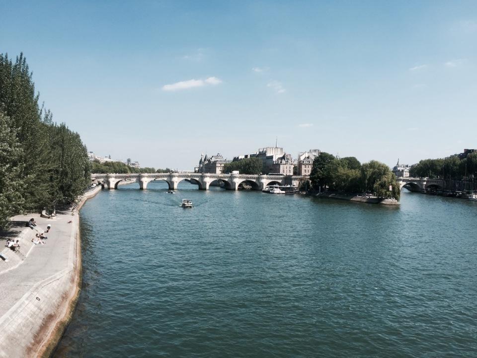 View from Pont de l'Archeveche