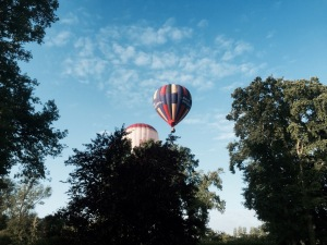Hot air balloons in the morning - Grez-sur-Loing