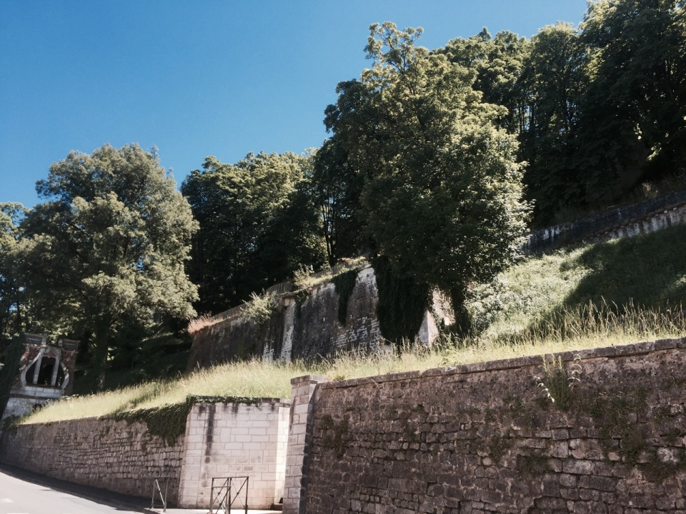 Angouleme ramparts - descent