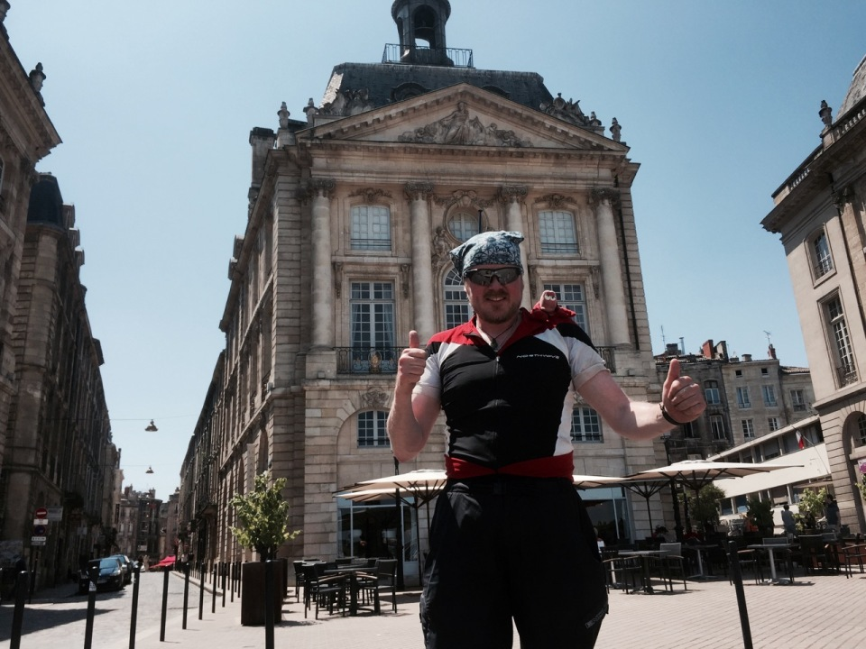 Thumbs up from Bordeaux