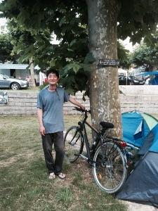 St-Jean-Pied-de-Port - River with bike!
