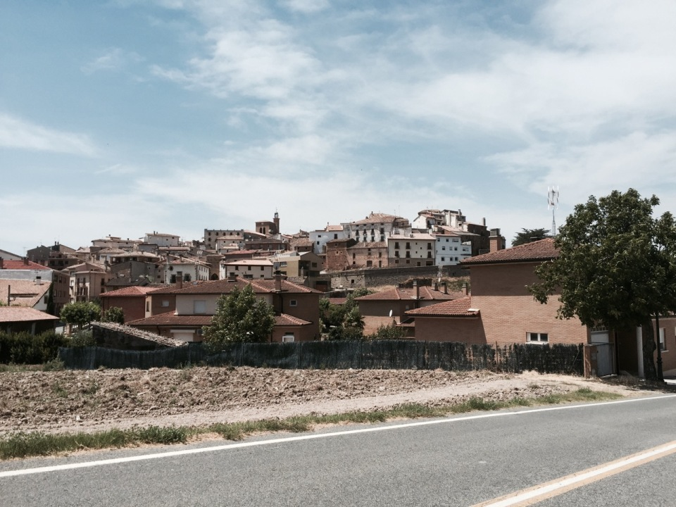 Typical Spanish town on a hill - Cirauqui 2