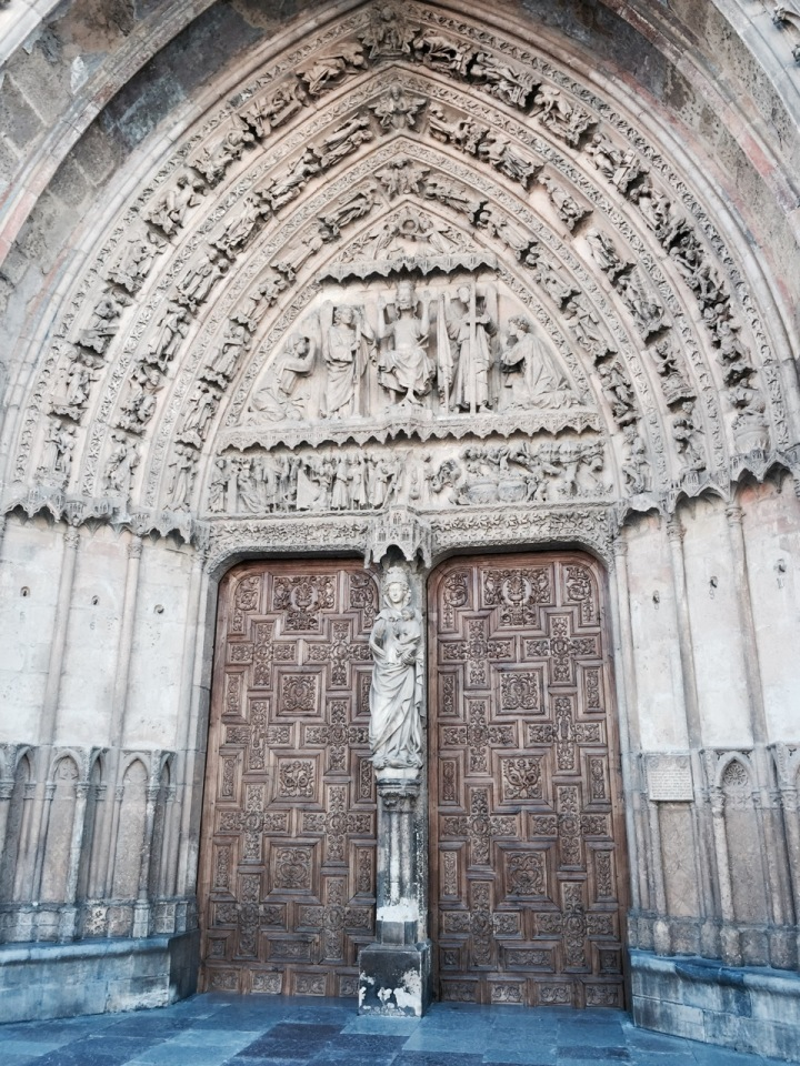 Doors to Leon Cathedral