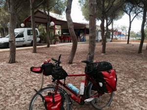 Arrived at Playa Las Dunas camping in El Puerto de Santa Maria - bar close by
