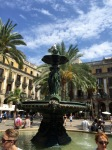 Placa Reial - seagull atop fountain