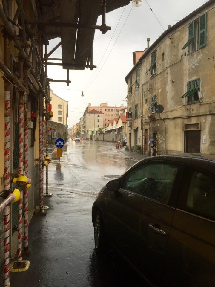 Rain getting heavier - temporary shelter sought