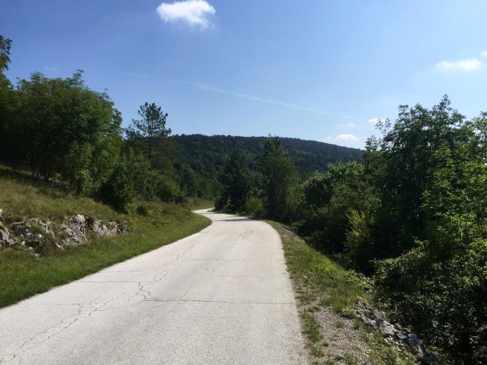 Road into Croatia, still very green and quiet