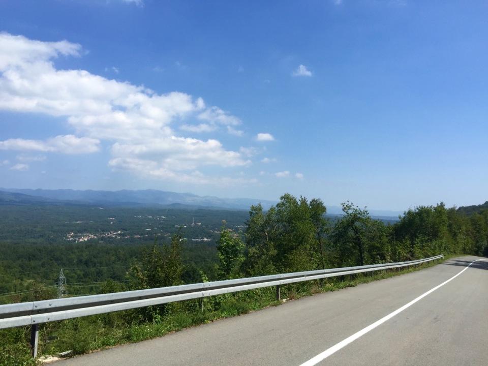 Road finally starts to descend to Rijeka