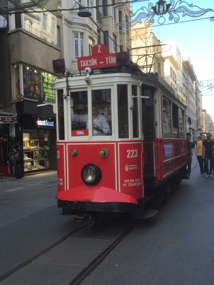 City centre tram - brill
