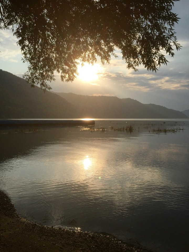 Sun getting lower over the Danube