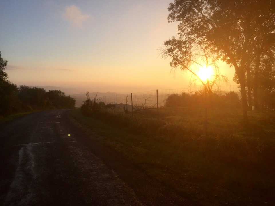 Sunrise as I cycle over the hills from Verdun