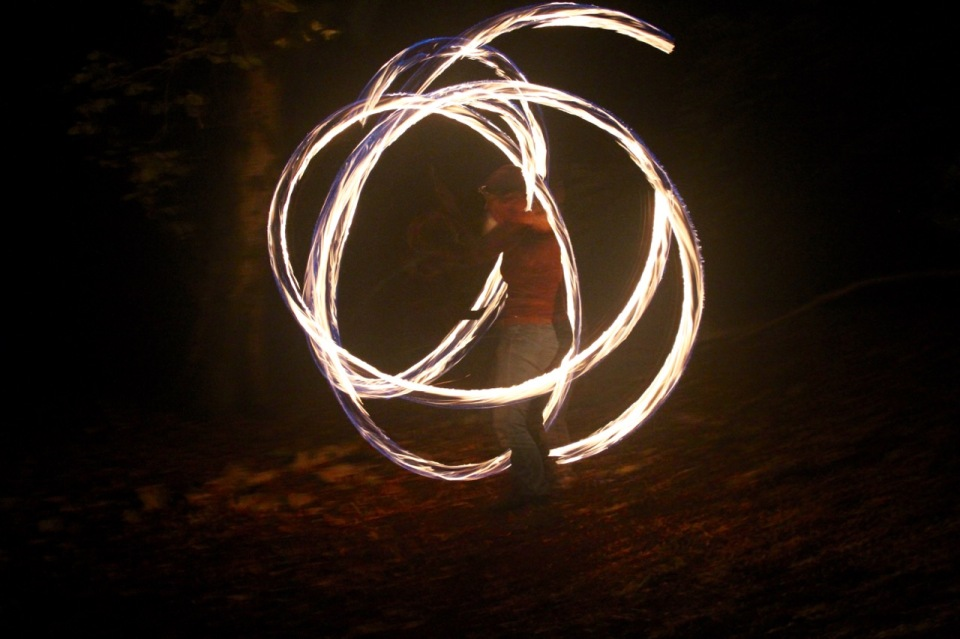 Fire poi dragon