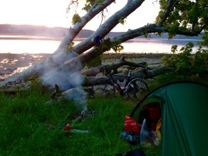 Wild camping on the shores of Loch Fyne
