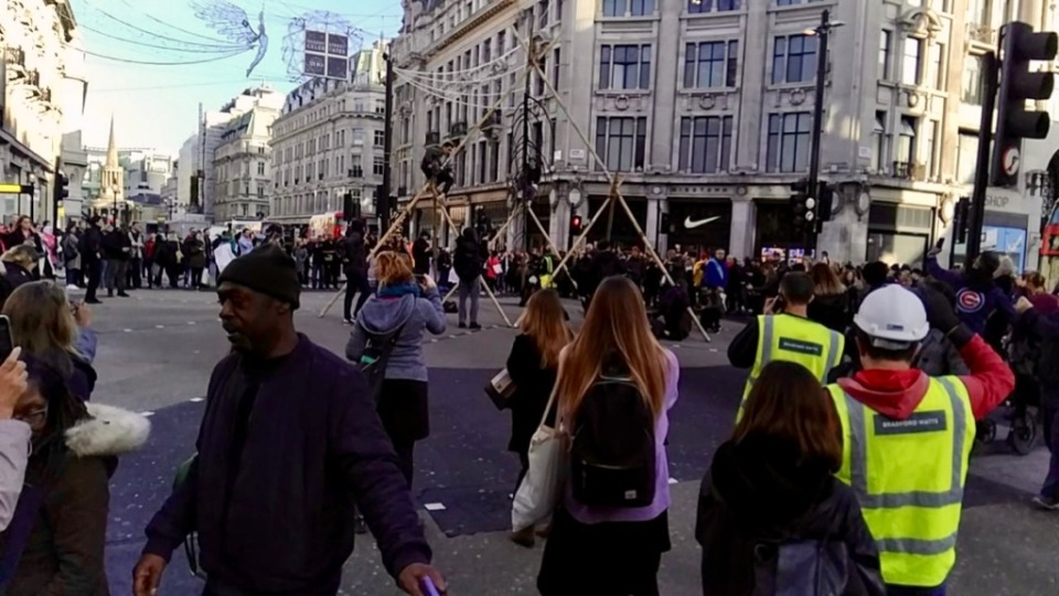 Tripod structure built in Oxford Circus